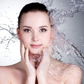 Възстановяваща терапия за чувствителна кожа Aquatherm